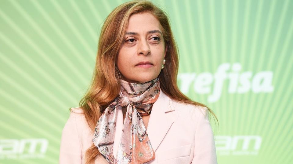 Sexo frágil? Leila Pereira afirma nunca ter sofrido preconceito por ser mulher no Palmeiras