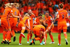 DOETINCHEM, NETHERLANDS - JULY 29: Danielle van de Donk of the Netherlands congratulates the opening goalscorer Lieke Martens of the Netherlands during the UEFA Women's Euro 2017 Quarter Final match between Netherlands and Sweden at Stadion De Vijverberg on July 29, 2017 in Doetinchem, Netherlands. (Photo by Dean Mouhtaropoulos/Getty Images)