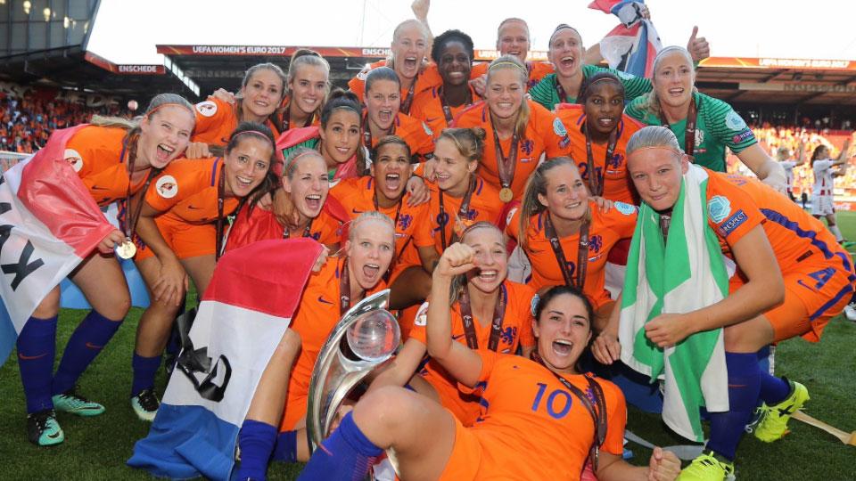 Reforço do Barcelona marca, e Holanda é campeã da Euro feminina pela primeira vez