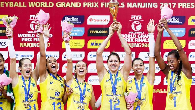 No tie-break, Brasil supera Itália e conquista Grand Prix pela 12ª vez
