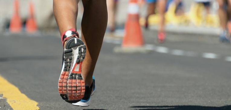 Seis problemas nos pés de corredores e como resolvê-los